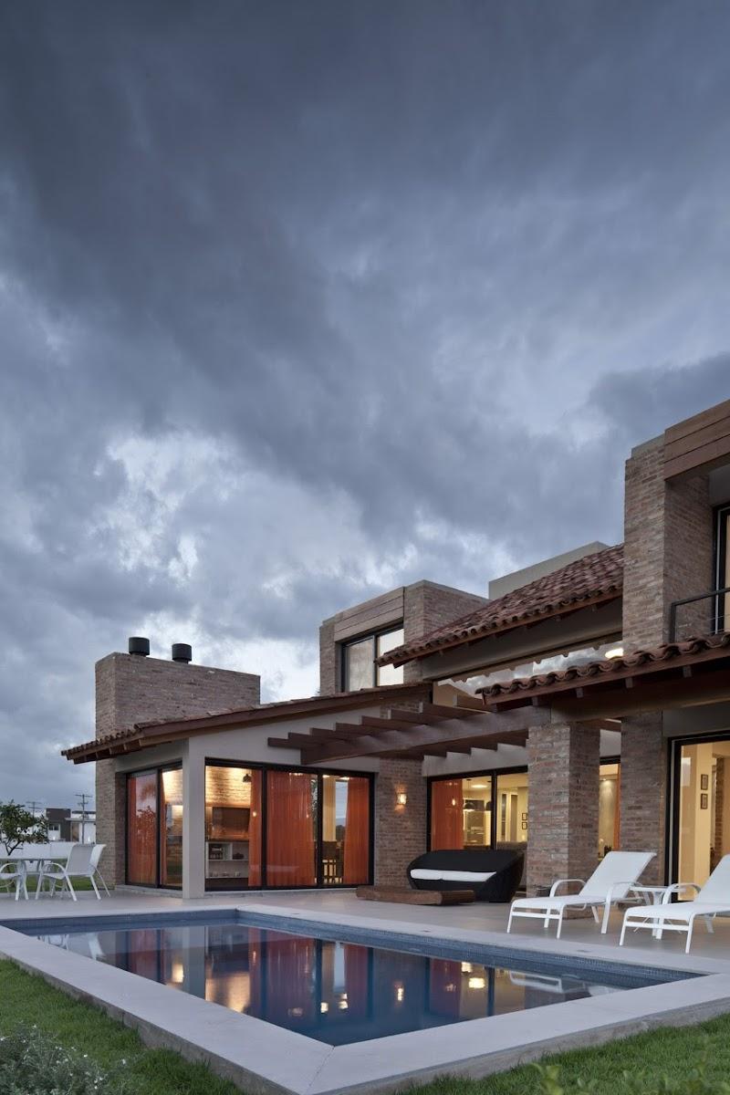 Casa CKN - Giugliani Montero Arquitectos