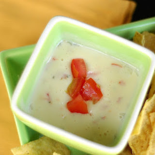 Restaurant Style Queso Dip