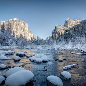 Frosty Valley View Day by Ruben Parra - Landscapes Waterscapes (  )