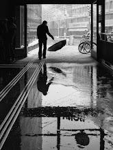 Photo: winter is back...  #street #streettogs #streetphotography #shootthestreet #blackandwhite #blackandwhitephotography #bw #monochrome  #monochromeartyclub #monochromephotography