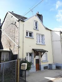maison à Coulouvray-Boisbenâtre (50)