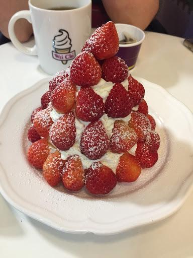 冬天就是要來微淇吃草莓鬆餅!