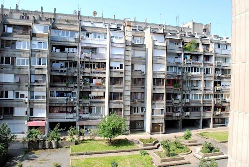 Blok 22, bul. Zorana Đinđića, 65 m2 + Lođa ( 7 m2 ), 3/VI