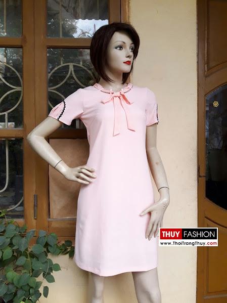 Váy suông cổ nơ màu hồng thạch anh V269