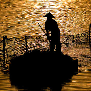 Nusa fisherman.jpg
