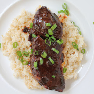 Slow Cooker Spicy Asian Beef Short Ribs.