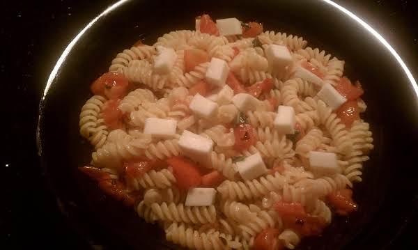 Pasta With Fresh Tomatoes And Mozzerella Recipe