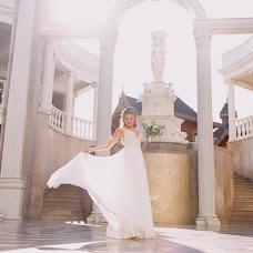 Wedding photographer Anastasiya Esaulenko (esaul52669). Photo of 01.10.2017