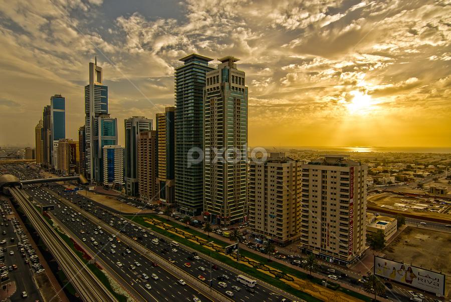 Sunset @ SZR by Adonis V. Tividad - City,  Street & Park  Skylines ( pwcskylines )