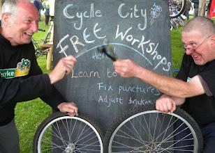 Photo: Winning Photo - (Recyke y'Bike)