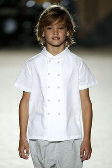 défilé mode enfant Condor look chic garçon
