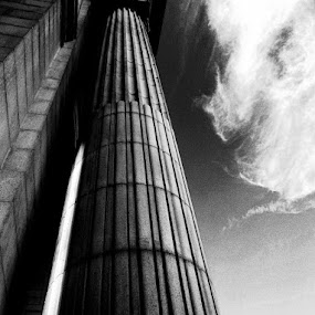Pillar in Washington, D.C. by Connor Stueber - Buildings & Architecture Statues & Monuments