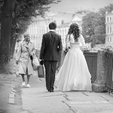 Wedding photographer Maksim Karazeev (MaximKarazeev). Photo of 30.10.2015
