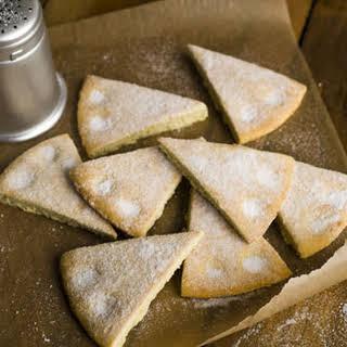 Gordon Ramsay's vanilla shortbread.