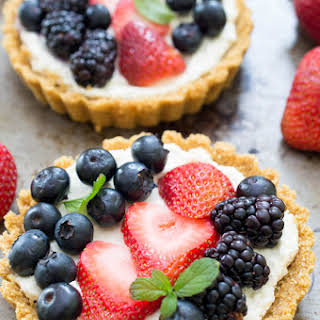 No Bake Mascarpone Cheese Fruit Tarts.