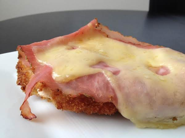Zee's Easy Open Faced Chicken Cordon Bleu