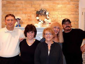 Photo: Steve-Kelly-Annie-Toni & Jerry Cochran