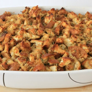 Easy Traditional Stuffing Recipe for the Holidays.