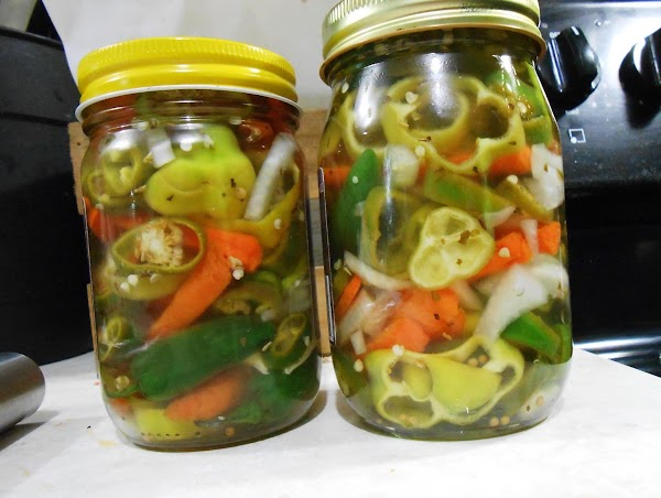 Easy Pickled Peppers Recipe