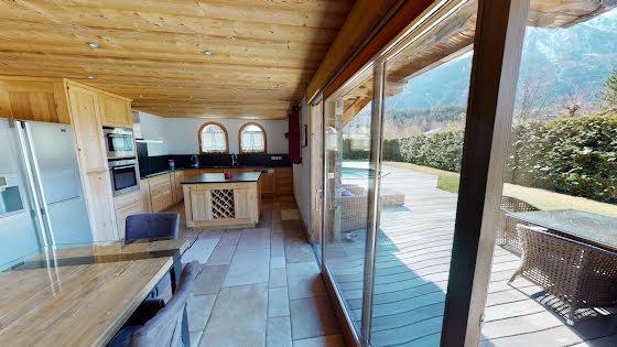 Vente maison 5 pièces 235 m2