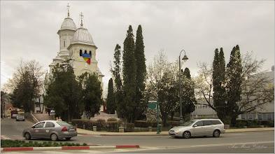 Photo: Conifere din Turda, Piata Republicii, intersectie   - 2019.04.06