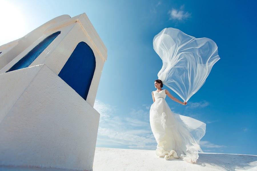 Wedding photographer Yana Zharincova (SabrinaVamp). Photo of 13.10.2015