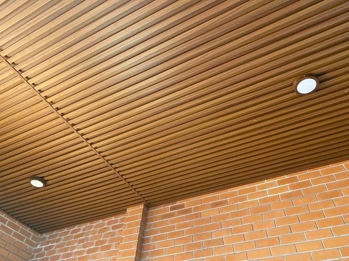 Tấm ốp lam sóng bình dương mang lại những lợi ích gì cho công trình?
