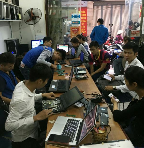 sua-chua-man-hinh-laptop-2