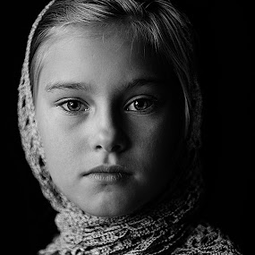 Jessica by Pirjo-Leena Bauer - Babies & Children Child Portraits (  )