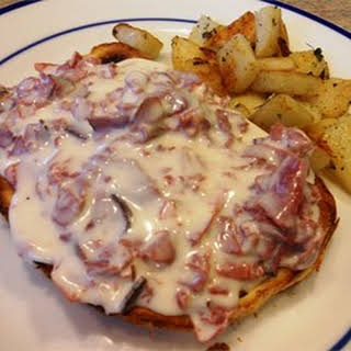 Creamed Chipped Beef On Toast.