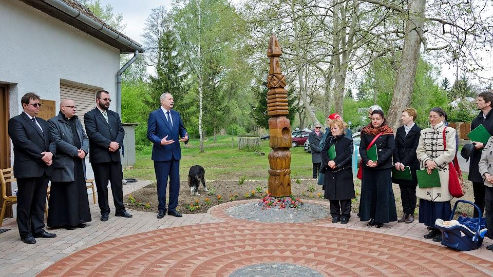 '56-os emlékpark kialakítása Lipótfán