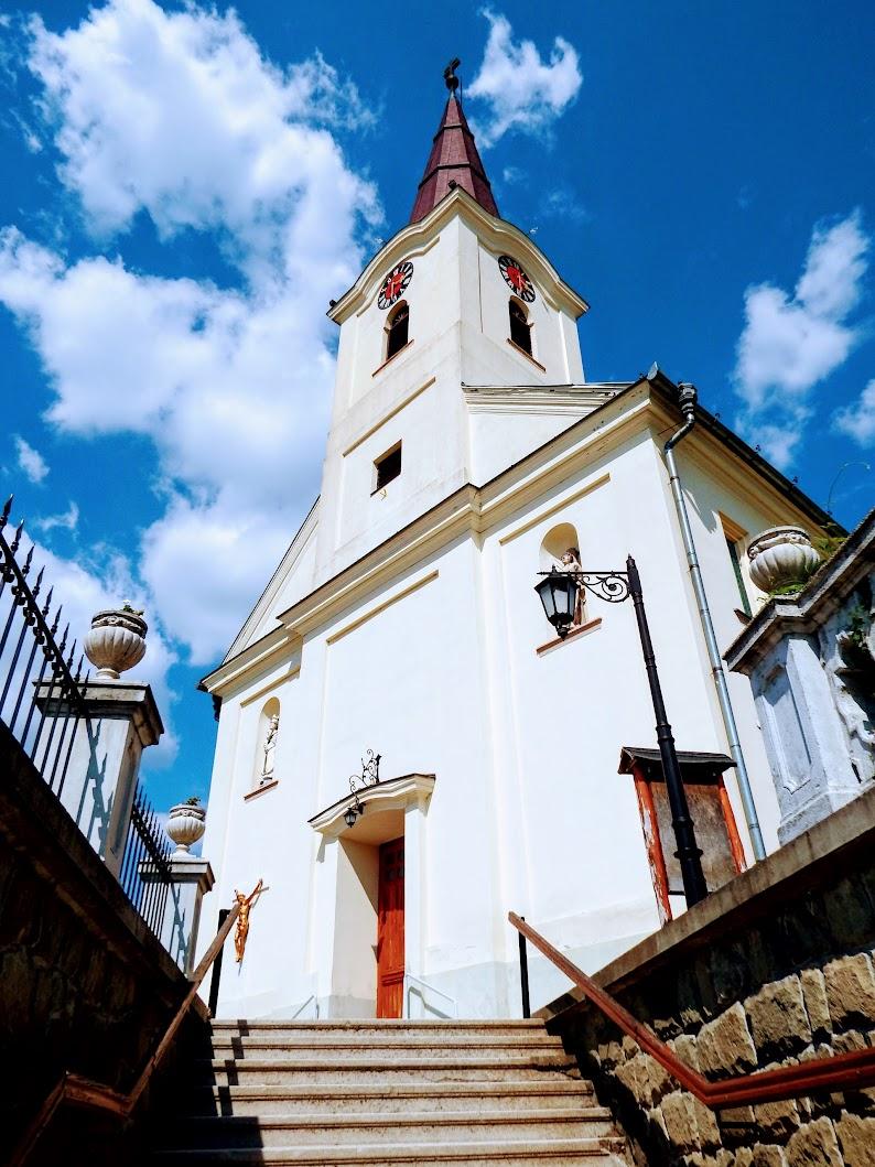 Mogyoród - Szent Mihály főangyal rk. templom