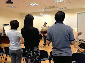 Photo: Singing to the Lord
