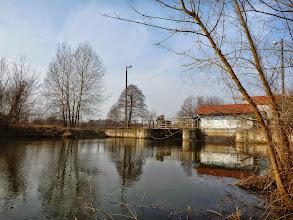 Photo: 12,1 km MEW Bolimowska Wieś, przenoska prawą stroną, dogodne miejsce na zakończenie spływu