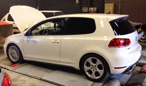 PerfExpert VS Chassis Dyno Comparison on VW Golf VI GTI