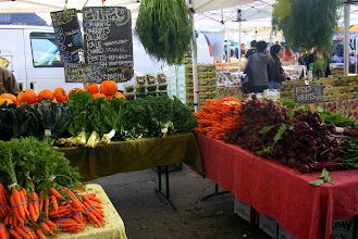 Photo: Ferry Plaza Farmers Market with fresh food from around the Bay Area.