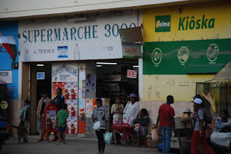 Photo: 'Unser' Supermarkt in Fianar