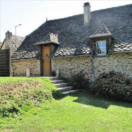 maison à Cassaniouze (15)