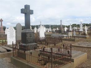 Photo: hřbitov Waarrnambool