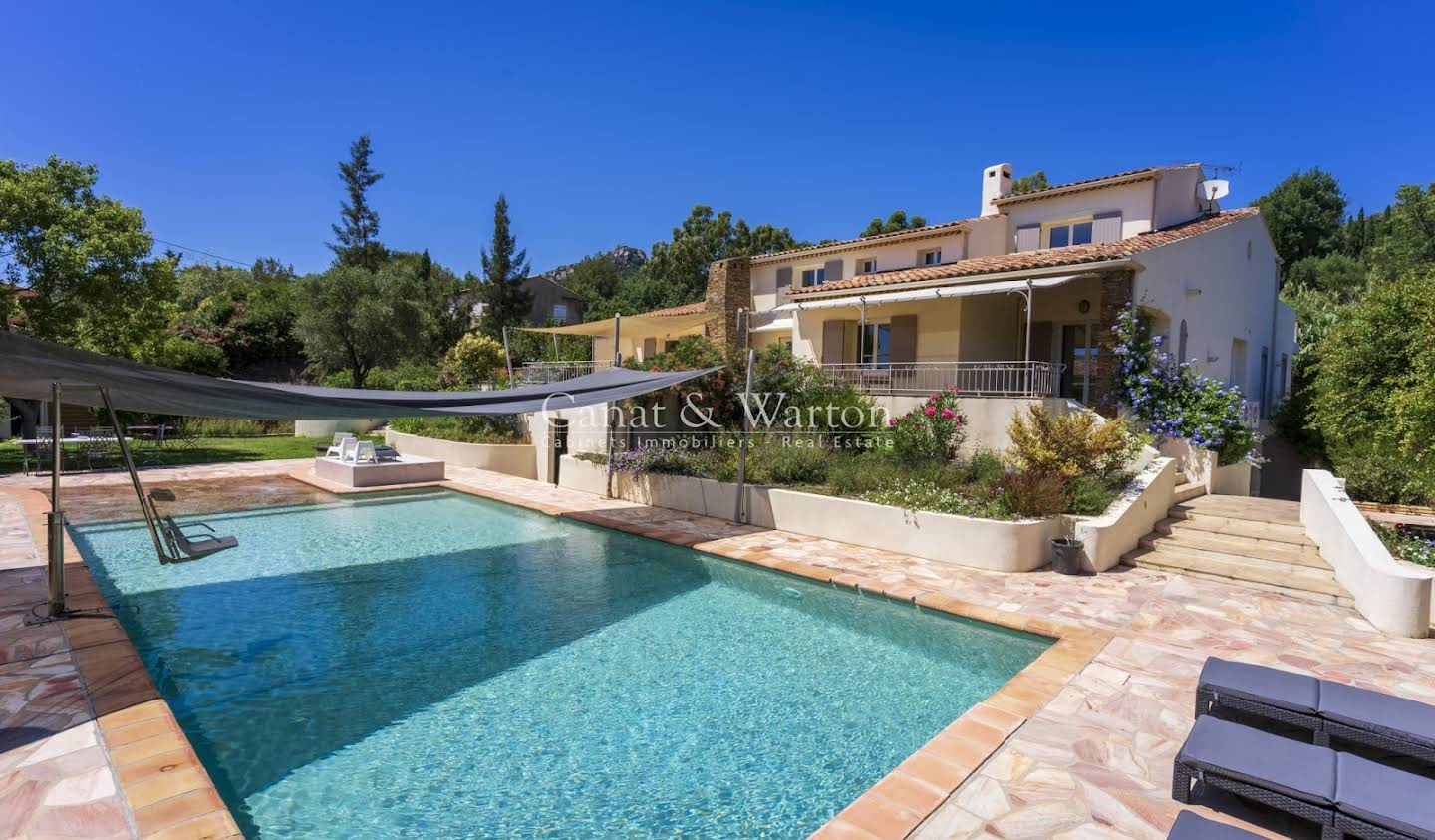 Property with pool Hyeres
