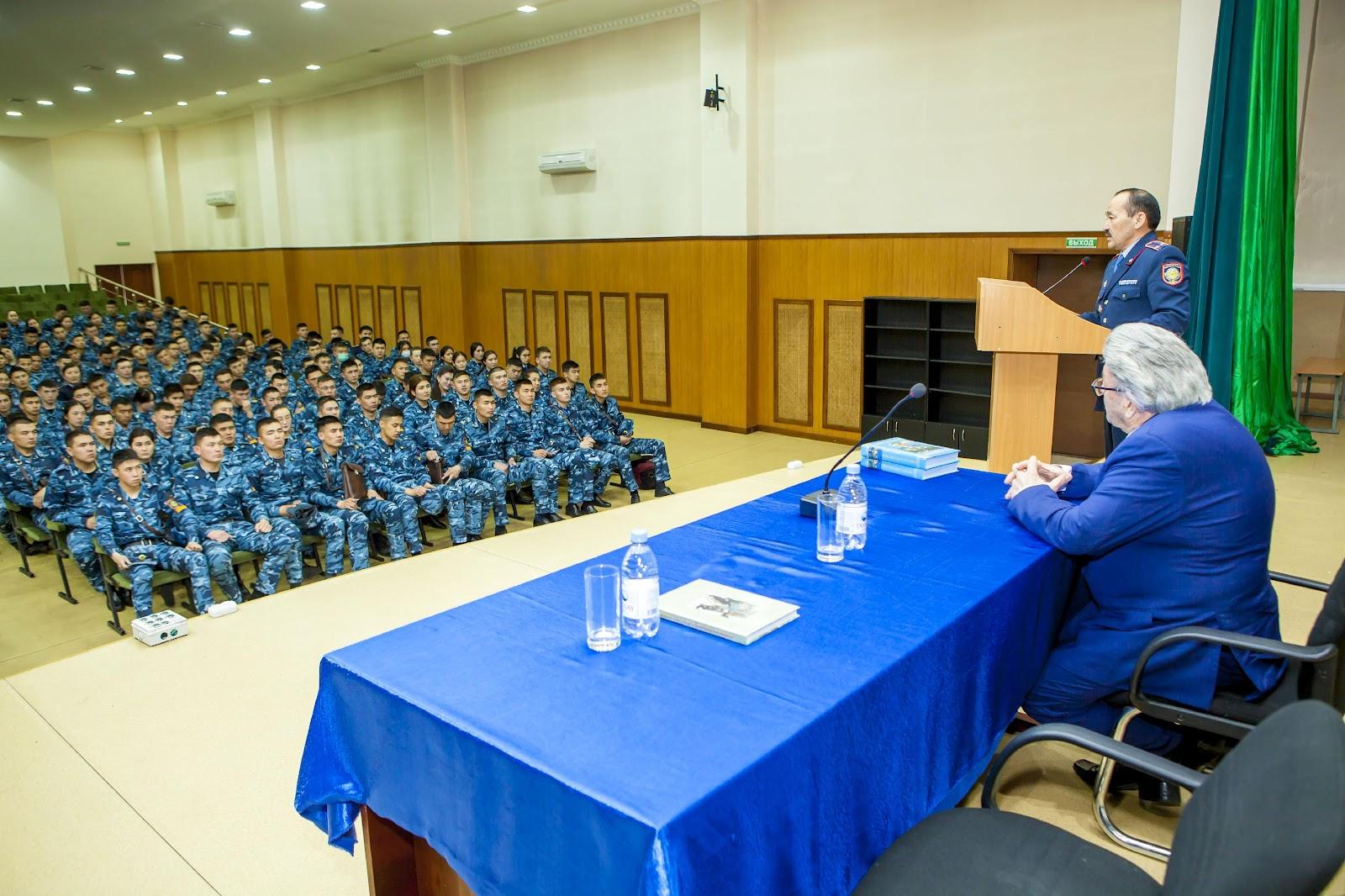 В рамках Программы «Рухани жаңғыру – духовное возрождение»   в Академии прошла встреча с представителем Ассамблеи народа Казахстана