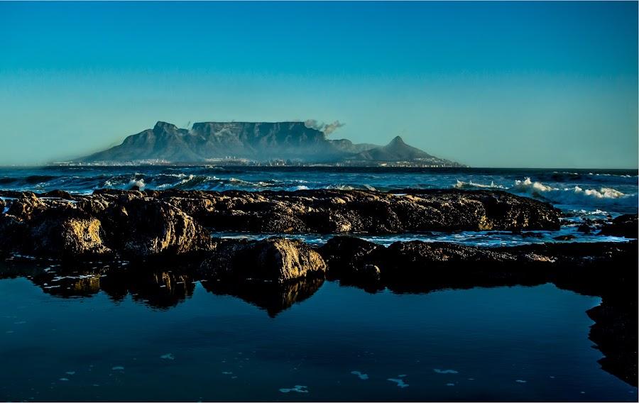 Bloubergstrand by Petrus En Janine Theron - Landscapes Beaches ( mountain, waves, seascape, rocks )
