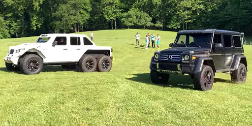 Mercedes G550 4×4 Squared Vs 6×6 Jeep in Tug of War and Drag Race