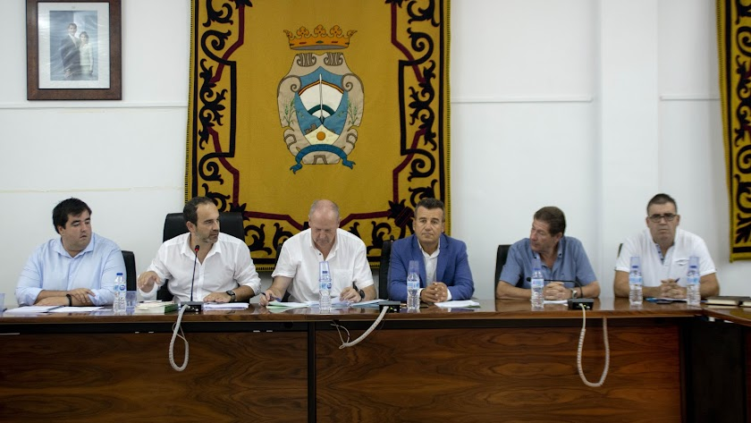 Amérigo y Hernández en el primer pleno de la nueva corporación a finales del pasado julio.