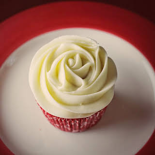 Red Velvet Cupcakes Without Cocoa Recipes.