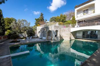 Villa 17 pièces 600 m2
