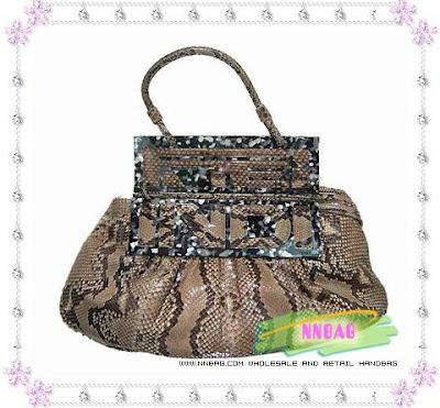 016c96e4 more bags >> www.nnbag.com