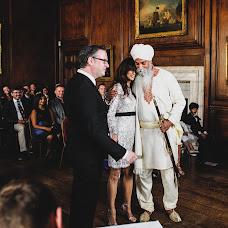 Wedding photographer Mark Wallis (wallis). Photo of 08.08.2017