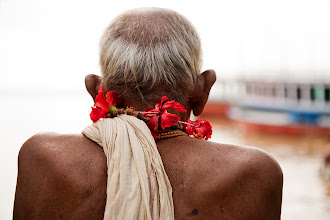 Photo: India is a wonderful place for street photographers. Unlike other places people there love being photographed so you don't need to opt for pictures from behind, from a distance etc. Yet that's exactly what I did here. I have plenty of standard portraits of this old man but somehow I like this one the most. Sometimes less is more (I think) and I also love a little bit of mystery in the picture. What do you think?  #hqsppromotion #PlusPhotoExtract #potd #BreakfastClub #breakfastartclub #photography #pixelworld  #10000photographersaroundtheworld   #europeanphotography