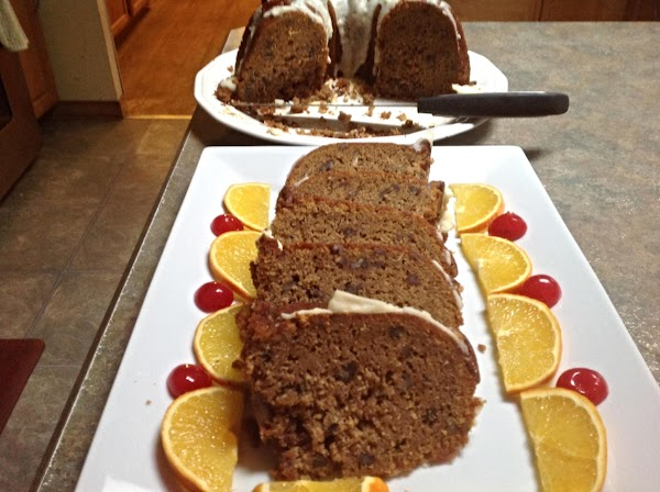 Here is a platter of the sliced cake that I gave to another neighbor....